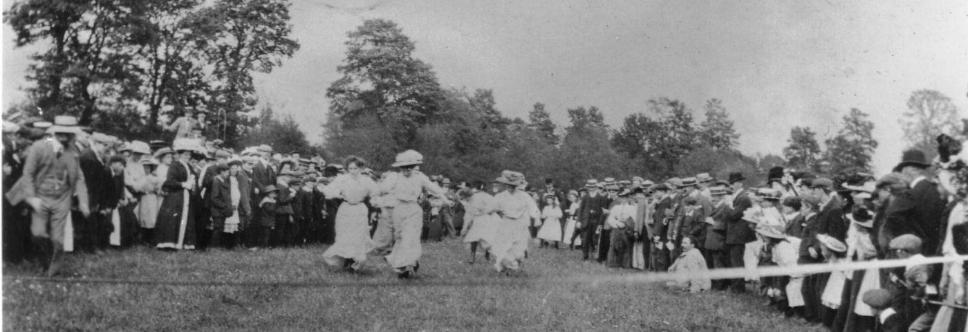 Bledington Sports Day, 1909