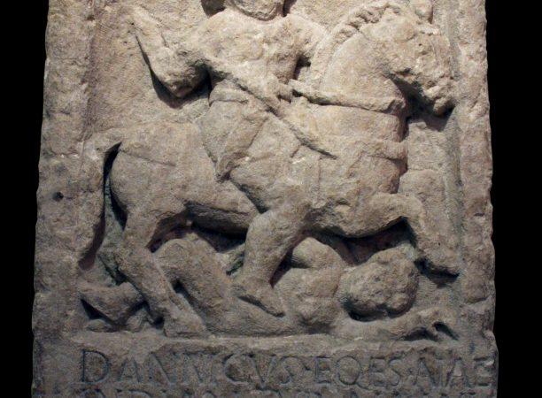 Dannicus tombstone